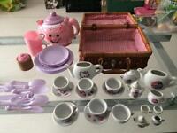 Fisher price teapot/ hello kitty/ princess picnic set