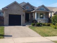 THOROLD 2 BEDROOM BUNGALOW HOUSE FOR RENT - MAIN FLOOR LAUNDRY