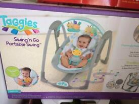 Baby swinging suitable from birth to 13 kg