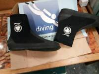 Diving boots size 10