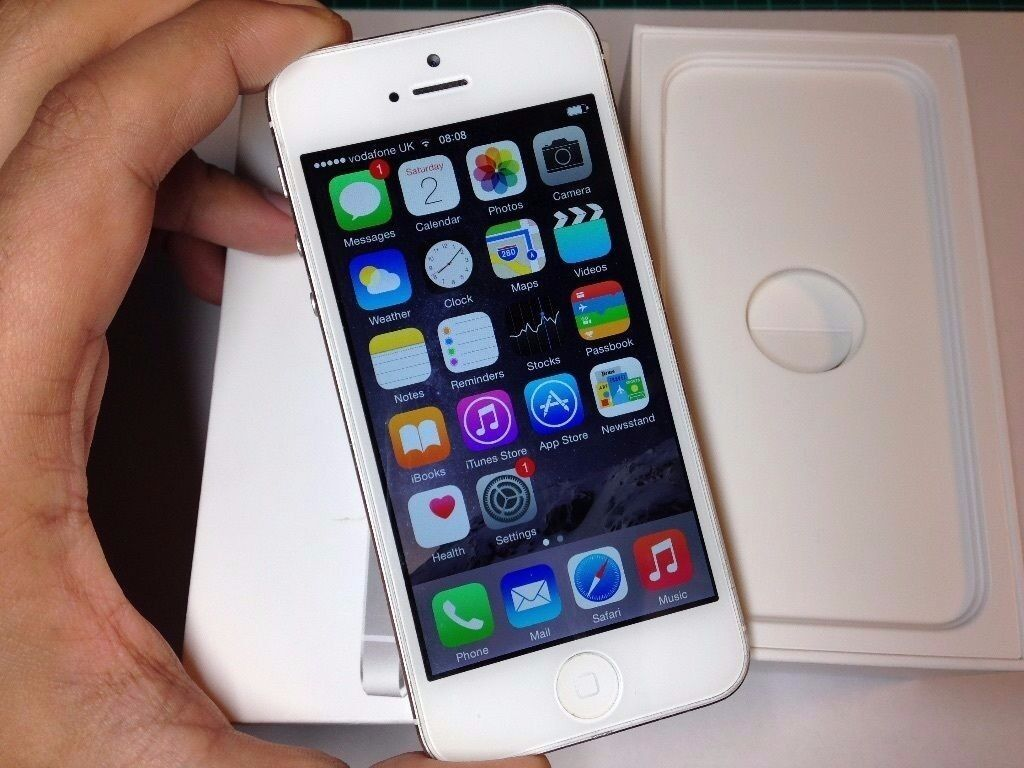 Iphone 5, 16gb, unlocked, very good condition105 fixed pricein Aston, West MidlandsGumtree - Iphone 5, 16gb, unlocked, very good condition £105 fixed price Free case Free glass screen protector Free earphones Free plug Free cable