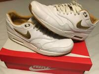 Nike airmax UK 10 (white leather)