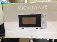 Tesco 700 watt microwave