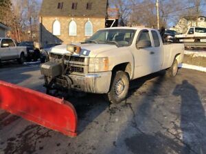 2009 Chevrolet Silverado 2500HD WT 6.0l v8, Brand new wrangle...