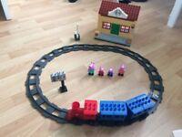 Peppa pig train set duplo