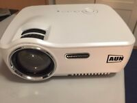 AUN Projector Upgraded AM01S 1800 Lumens ONLY £100