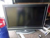 """Sony Bravia 32"""" 720p TV with remote"""
