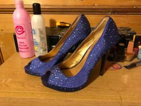 Size 5 atmosphere heels