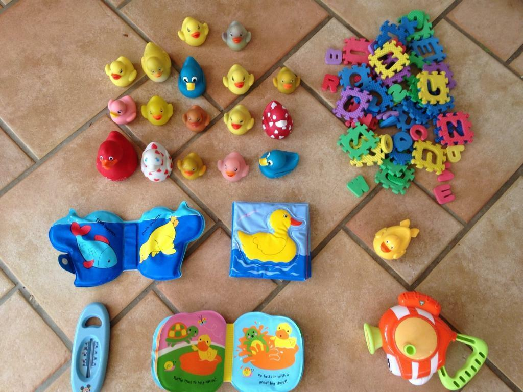 Bath toys all for £5 Elc, bubble fish, foam puzzle, rubber ducks ...