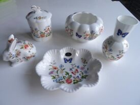 5 Pieces of AYNSLEY COTTAGE GARDEN fine English bone china, £25 the lot