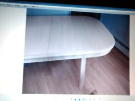 Cream Extendable Dining Table - Final Reduction - £22 - Collection only -Must go asap