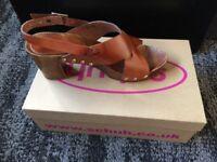 Schuh Sandals