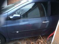 Renault Clio mk3 door (passenger side)