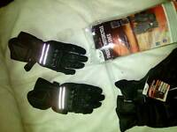 Motorcycle gloves padded