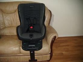 Mamas and Papas Vito Car Seat and Isofix Base