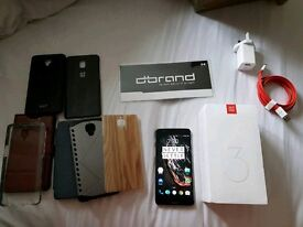 Unlocked Oneplus 3 (mint condition with loads of accessories)