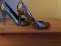 Beautiful Claudia Ghizzani ladies heels