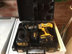 Dewalt Xrp 14 volt drill 3 speed charger 2 batts seen better daysDewal