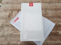 Brand New OnePlus 5 - Sealed - Top Spec Model - 8gb Ram 128gb Storage