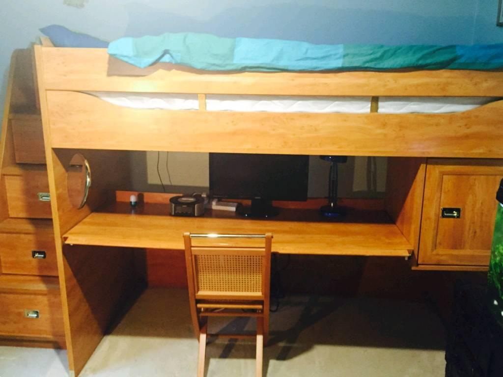Children's single bunk bed