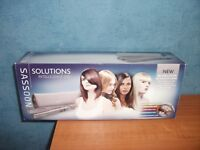 SASSOON SOLUTIONS INTELLIGENCE 230 HAIR STRAIGHTENERS, BOXED