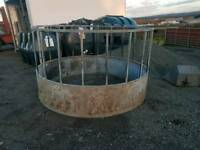 Cattle horse round bale ring feeder farm livestock tractor