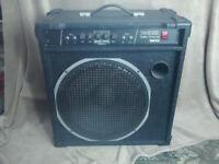 Bass amp.
