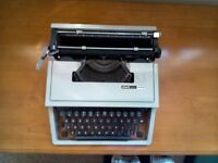 TYPEWRITER OlLIVETTI DORA 1960's