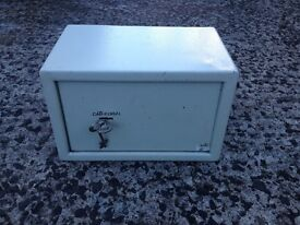 Sold ** Small Home Office / Garage Safe *** £20 Sold