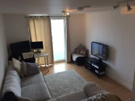 2 bedroom flat in Richmond, swap for a 2 or 3 bedroom in Barnes **CASH INCENTIVE**