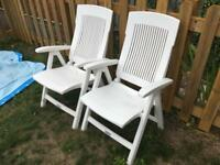 Garden chairs / loungers