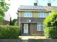 Property to rent in Northolt between Southall Greenford Hayes and Yeading Lane area