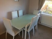 REDUCED White extendable dining table and 6 chairs