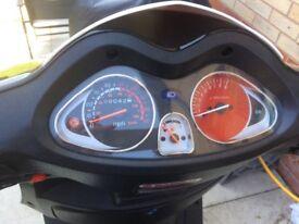 Scooter 125cc sinnis shuttle