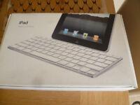 apple ipad keyboard £8