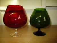 REDUCED - VINTAGE RETRO - 60s/70s - 2 x large decorative brandy glasses - red and green - Christmas