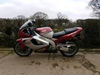 2000 Yamaha Yzf1000 Thunderace full mot