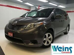 2016 Toyota Sienna $205.92/BW+HST , LE 8 PASSENGER , PWR DOORS