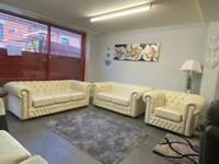 Beautiful Saxon chesterfield 3+2+1 seater sofa