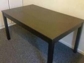 Ikea dining table and 4 chairs set (hardley used )