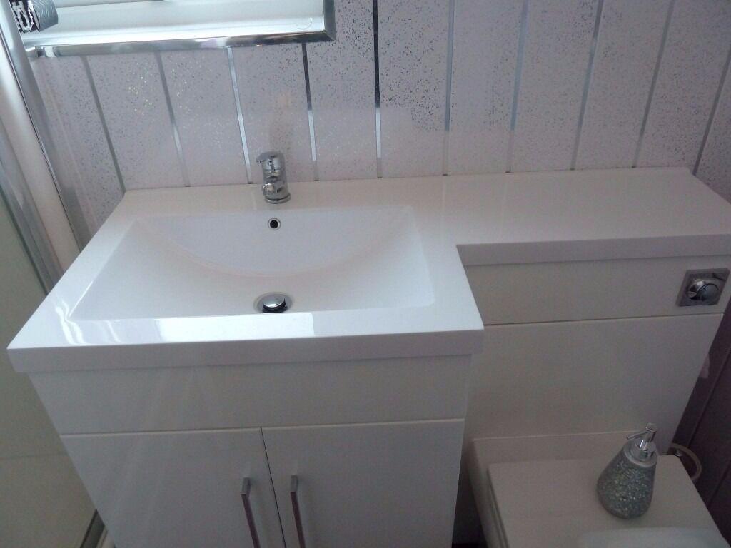 Brand new in box white ceramic stylish modern bathroom for Wash basin bathroom sink