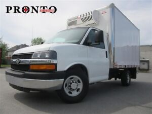 2015 Chevrolet Express 3500 3500 ** Cube 12 pieds ** Refer **