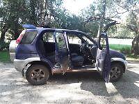 Diahatsu Terios for sale. MOT failure, for spares or poss repair. SORN