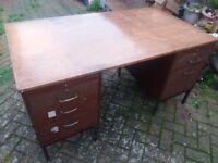 Big old desk with drawers two sides