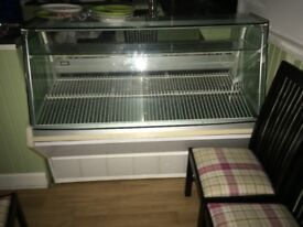 5 FT REFRIGERATED SERVE OVER WITH STORAGE