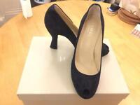Lovely Hobbs Fine Suede Navy shoes size 4.5 RRP149