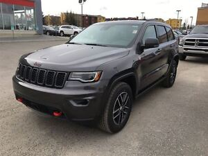 2017 Jeep Grand Cherokee Trailhawk-LEATHER HEATED SEATS, SUNROOF