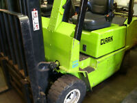 GAS FORKLIFT WITH SIDESHIFT TRIPLE MAST **CONTAINER SPEC** LOLER & PUWER CERTIFIED **LPG NOT DIESEL