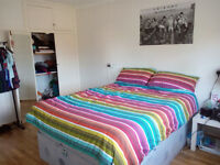 Fully furnished very large double room in Guildford town centre, bills included £565 pcm