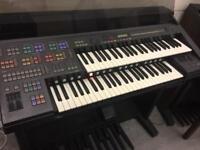 Yamaha ELECTONE HS8 Organ
